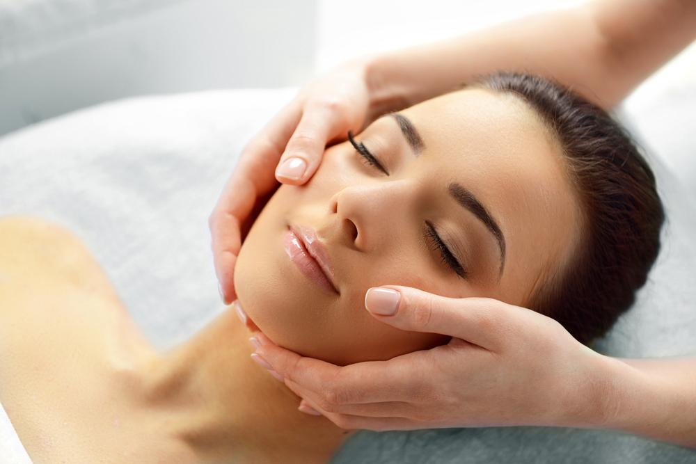 Хіропластичний масаж обличчя Львів